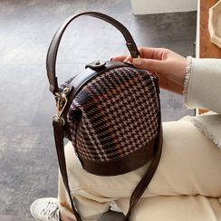 Echinops - Houndstooth Bucket Bag