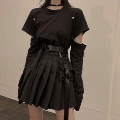 Happy Bird - 长袖镂空T裇 / 打褶裥裙