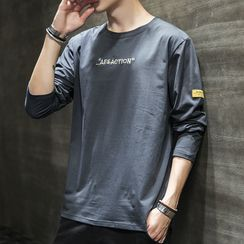 Acrius(アクリウス) - Long-Sleeve Lettering T-Shirt