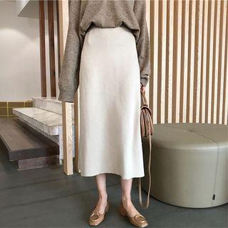 Moon City - Plain Knit Midi Skirt