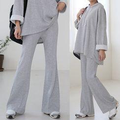 Seoul Fashion(ソウルファッション) - Set: Over-Fit Hoodie + Boot-Cut Pants