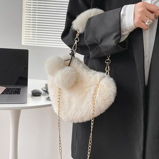 OUCHA - Fluffy Heart Crossbody Bag