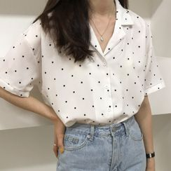 Dute - Dotted Short-Sleeve Blouse