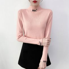 Norte - Mock Neck Embroidered Knit Top