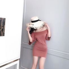 Sodoo - 中袖纯色露肩迷你塑身连衣裙