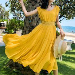 Gypsy Patsy - V-Neck Sleeveless Midi A-Line Dress