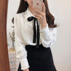 Leoom - Bow Accent Long-Sleeve Blouse