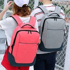 GADOT - 輕型背包
