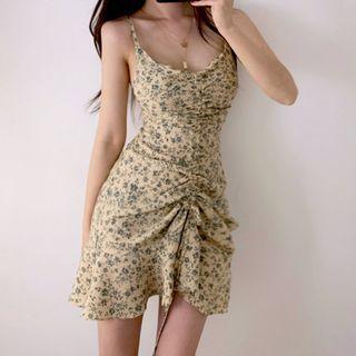 STARK - Floral Print Spaghetti Strap Lace-Up Back Ruffle-Hem Ruched Mini Dress
