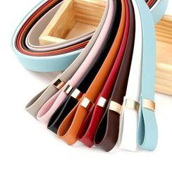 Leatha - Buckleless Faux Leather Slim Belt