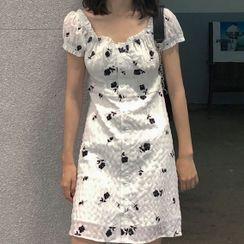 Gojoko - 短袖碎花连衣中裙