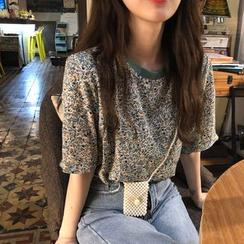 CosmoCorner - Floral Short-Sleeve T-Shirt