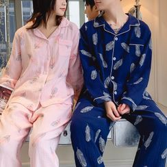 Almilo(アルミオ) - Pajama Set: Long-Sleeve Print Top + Pants