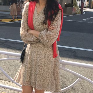 monroll - Long-Sleeve Floral Chiffon Dress
