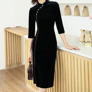Luxury Style - 3/4-Sleeve Velvet Midi Qipao