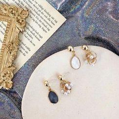 HayHill - 合金仿珍珠及貝殼耳墜