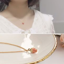 Joodii - Alloy Strawberry Pendant Necklace