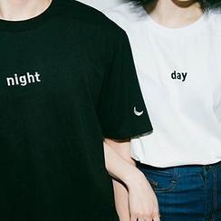 Dute - Couple's Short-Sleeved Print T-Shirt