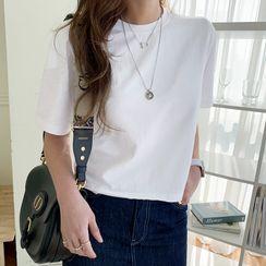 NANING9(ナンニング) - Short-Sleeve Crop T-Shirt