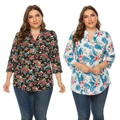 Chelsie Chic(チェルシーシック) - Plus Size Floral Print Blouse