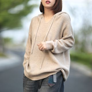Canwe - V-Neck Knit Hoodie