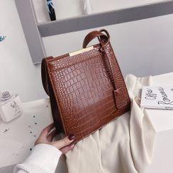 JAMEL - Croc Grain Shoulder Bag
