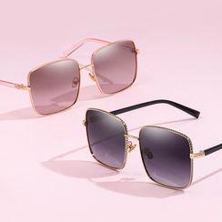 Aisyi - Oversize Square Sunglasses