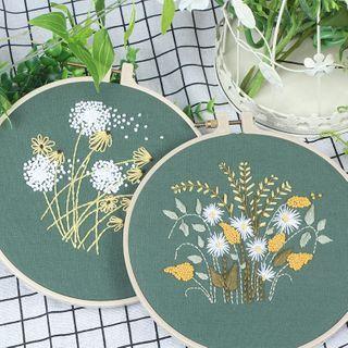 candycross - Flower DIY Embroidery Kit