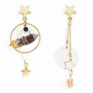Bastil - Non-matching Alloy Astronaut & Rocket Dangle Earring