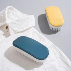 The Open Book(ザ オープンブック) - Garment Cleaning Brush