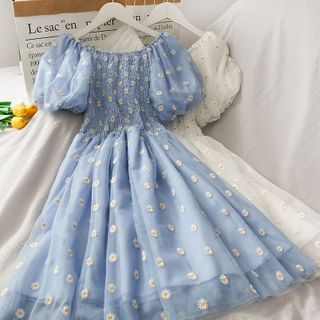 Lemongrass - Puff-Sleeve Daisy Embroidery Smocked Mesh Dress