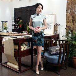 Golden Flowers - Flower Print Short-Sleeve Qipao
