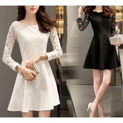 Almacen - Long-Sleeve A-Line Lace Dress