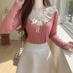 MyFiona - Lace-Trim Ribbed Top with Brooch