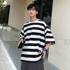 KimKlose - Elbow-Sleeve Striped T-Shirt