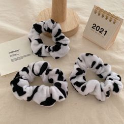 Yukami - Cow Print Furry Scrunchie