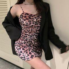 Amanee - 细肩带豹纹印花丝绒迷你塑身连衣裙