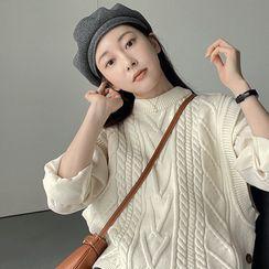UPTOWNHOLIC - Button-Side Cable-Knit Vest