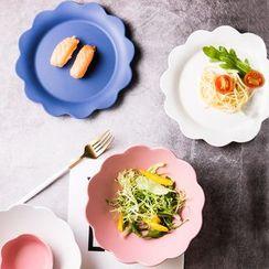 Cassandra - Scallop Trim Ceramic Plate / Bowl (various designs)