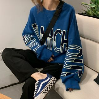 Guajillo - Long-Sleeve Letter Printed Sweatshirt
