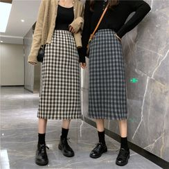 Termane - Plaid Midi Shift Skirt