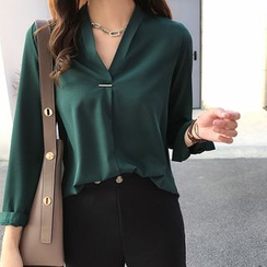 Arroba - V-Neck Blouse