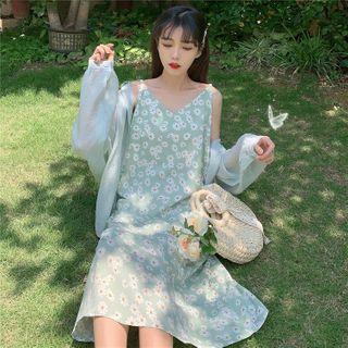 Sisyphi - Floral Print Spaghetti-Strap Midi A-Line Dress / Plain Shirt