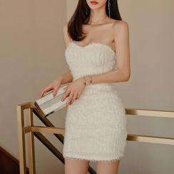Tanzil - Strapless Mini Sheath Dress