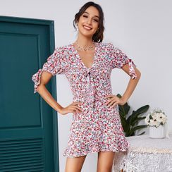Diamontina - Puff Sleeve V-Neck Floral Print Tie-Front Ruffled A-Line Dress