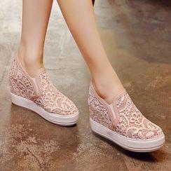 Aegina - 蕾絲內增高輕便鞋