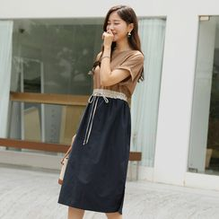 CLICK - Drawstring-Waist Contrast-Panel Dress