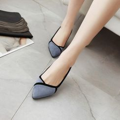 JY Shoes - Chunky-Heel Pointy-Toe Pumps