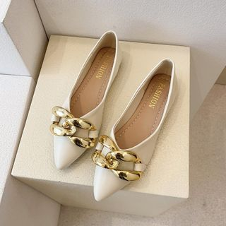 Novice(ノバイス) - Chunky Chain Pointed Faux Leather Flats