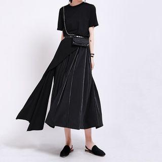 Ultra Modern - Asymmetric Short-Sleeve T-Shirt